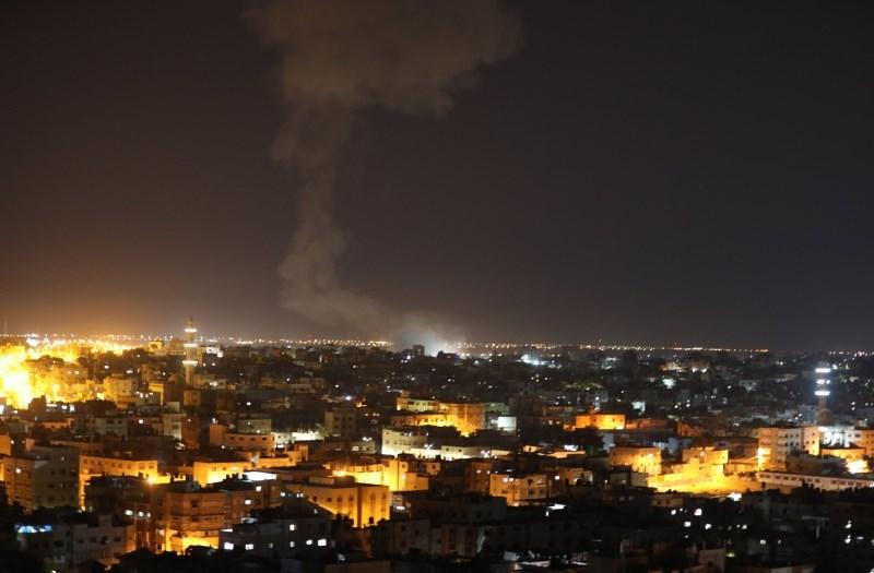 Izraelska letala znova napadla cilje Hamasa v Gazi