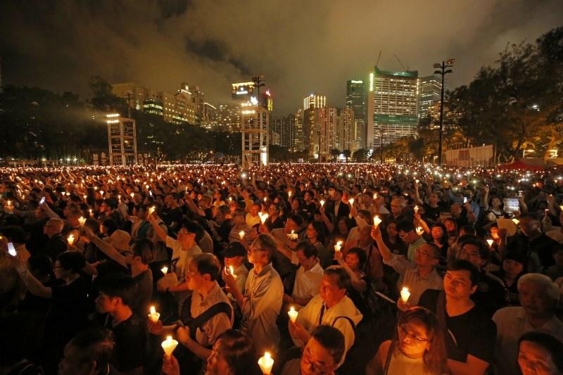 V Hongkongu zaporne kazni za veteranske borce za demokracijo