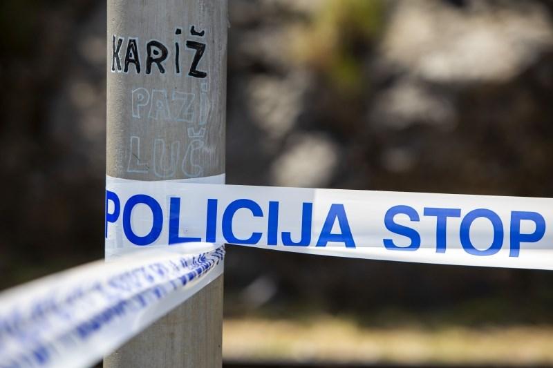 V streljanju na območju Domžal dva mrtva