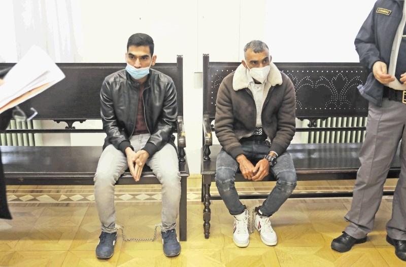 Tihotapljenje migrantov: kljub priznanju visoke kazni in izgon iz države