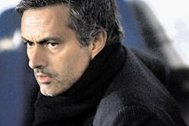Rumene novice: Mourinho bo treniral One Direction