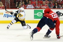 Pittsburgh na krilih Crosbyja premagal Washington, Ottawa do prednosti