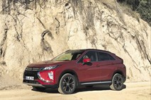 Mitsubishi eclipse cross: Mrk, dirkalni konj in pot po oceanih