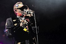 Kritika koncerta Lee Perry - Scratch in Mad Professor: Utrujeno, a prijetno