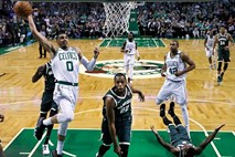 NBA: Boston vendarle izločil Milwaukee