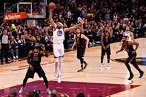 #video NBA: Golden State v zmagah povedel s 3:0, Durant dosegel 43 točk