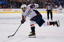 #video Washington po zmagi v gosteh na čelo lige NHL